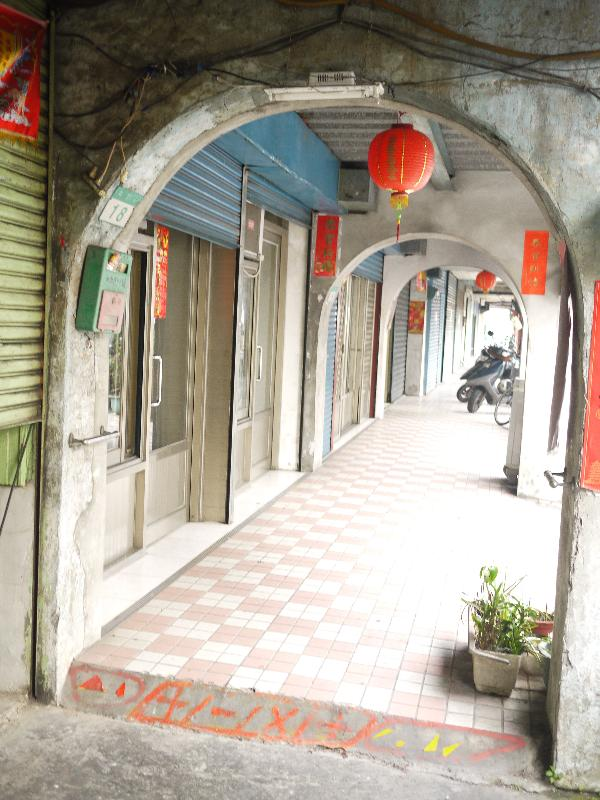 4.中南街拱廊03.JPG
